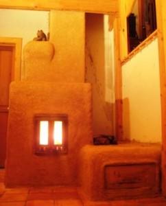 Cob + Firebrick = Masonry Heater Experiment