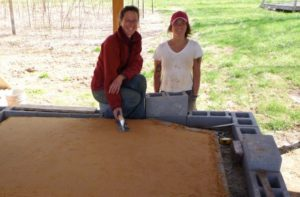 Beginning an oven building adventure...click on the photo to read the builder's story...